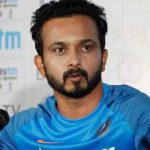 Kedar Jadhav Height, Weight, Age, Biography, Wiki, Salary, Wife, Family