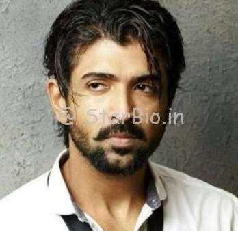 Arun Vijay Height, Weight, Age, Wiki, Biography, Wife, Children, Family