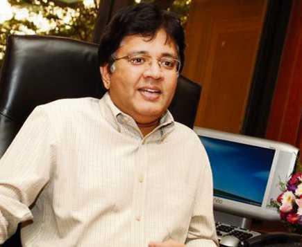 Kalanithi Maran Height, Age, Wiki, Biography, Wife, Daughter, Family