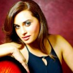 Shraddha Pandit Height, Weight, Age, Wiki, Biography, Husband, Family