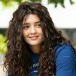 Ritika Singh Height, Weight, Age, Biography, Wiki, Husband, Family