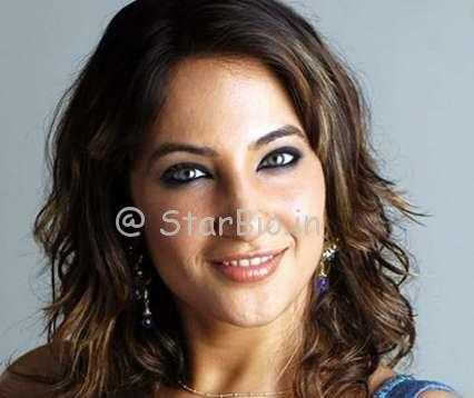 Rakshanda Khan Height, Weight, Age, Wiki, Biography, Husband, Family