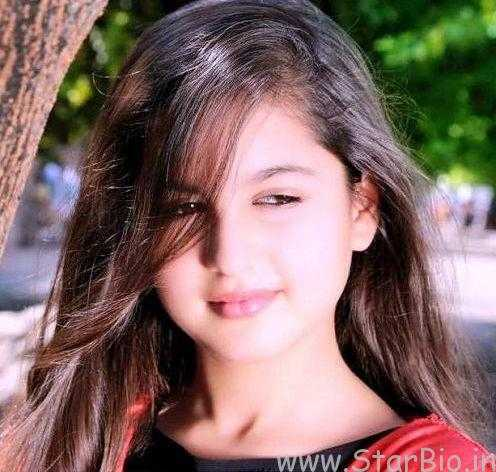 Tunisha Sharma Height, Weight, Age, Biography, Wiki, Boyfriend, Family