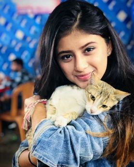 Arshifa's love for pets