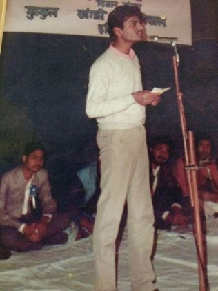 Nawazuddin Siddiqui Participating in a Declamation Contest in His College
