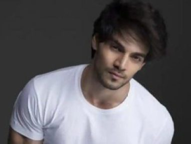 Sooraj Pancholi Age, Height & Weight