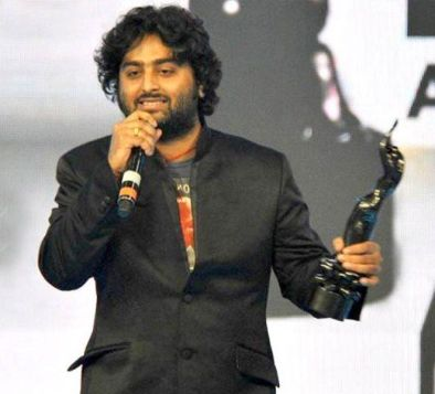Arijit Singh with his Award