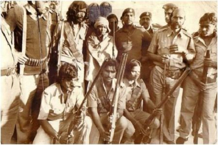 Phoolan Devi With Her Gang