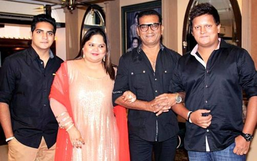 Abhijeet With His Wife And Sons Dhruv Abhijeet Bhattacharya and Jai Abhijeet Bhattacharya
