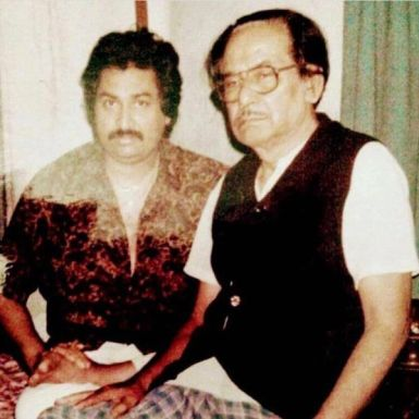 Kumar Sanu With His Father Pashupati Bhattacharya