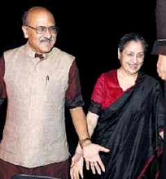 Shekhar Gupta With His Wife Neelam Jolly