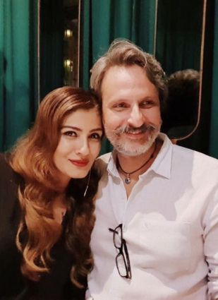 Raveena Tandon With Her Husband Anil Thandani