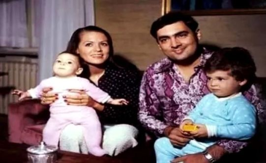 Sonia Gandhi With Rajiv Gandhi And Their Children