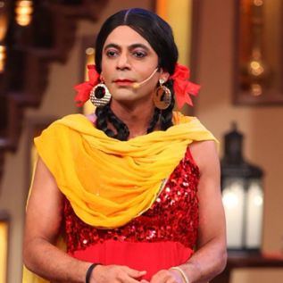 Sunil Grover As 'Gutthi'