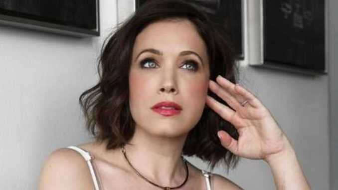 American actress, Marla Sokoloff holds a net worth of $500,000 as of 2019.