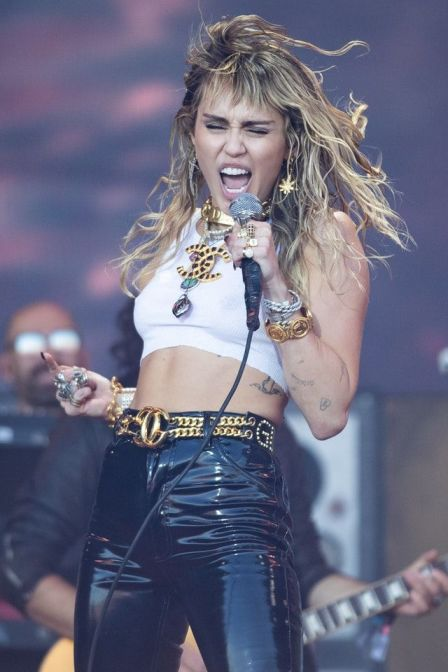 1630587856 954 Miley Cyrus Biography Net Worth Height Weight Age Size Songs