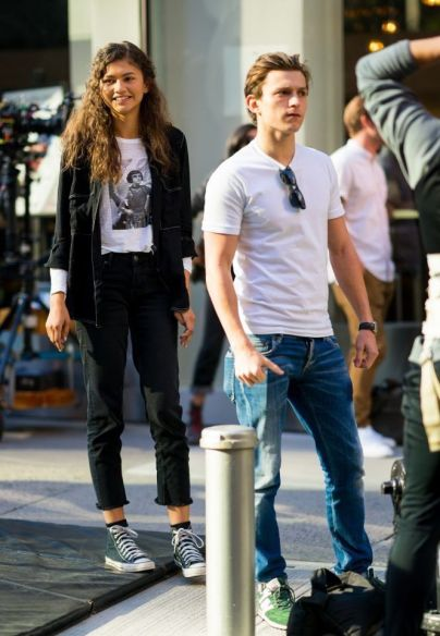 1630608950 830 Tom Holland Age Net Worth Biography Height Weight Girlfriend Movies