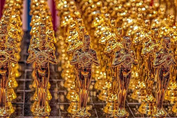 oscar cup trophy gold