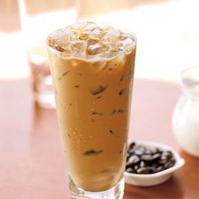 Starbucks 星巴克 》 一起加油 到店外帶 第三杯由星巴克招待【2021/6/14 止】