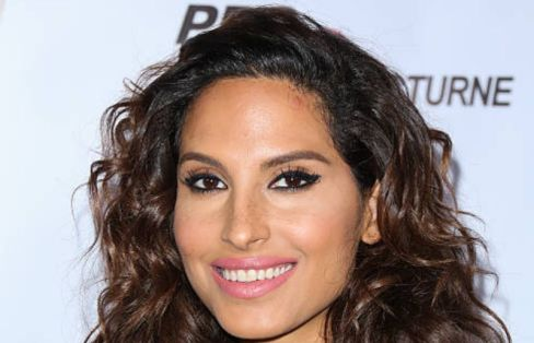Snoh Aalegra at the relife life arrival show