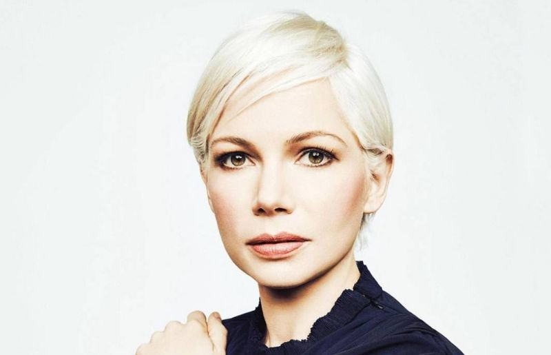Michelle Williams at a photoshoot