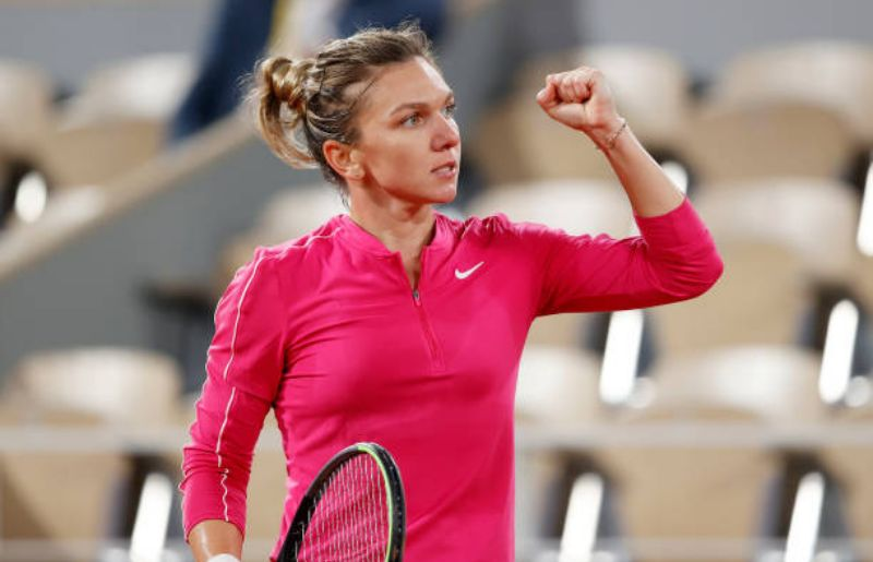 Simona Halep at 2020 French Open - Day Six