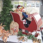 Kerstman arreslee decor