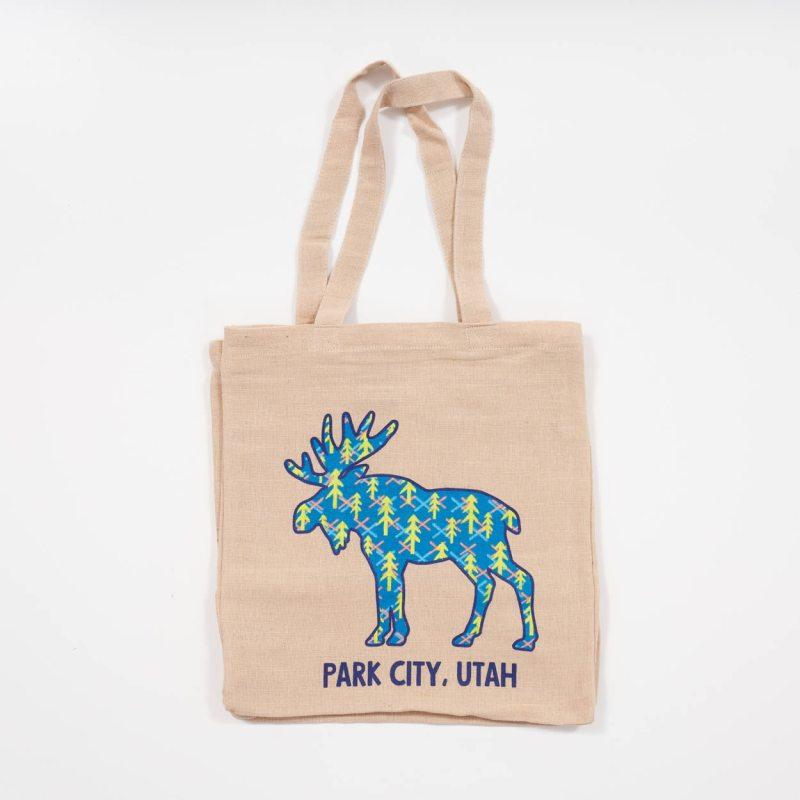 2021-park-city-moose-natural-jute-grocery-bag