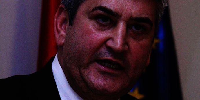 Gabriel Oprea conduce Guvernul (revista presei)