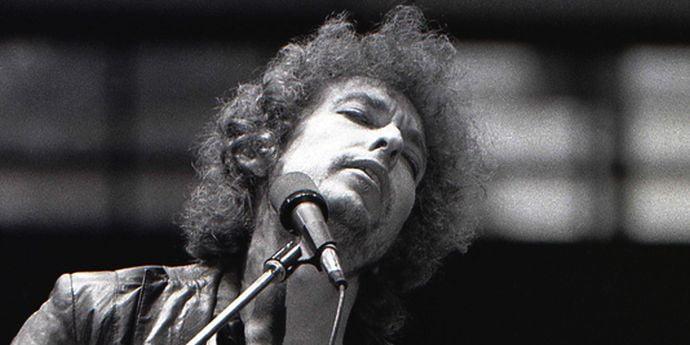 Academia Suedeză blowin' in the wind cu Bob Dylan