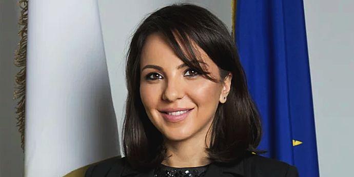 Ana Maria Pătru (AEP), arest 30 de zile, fapte de corupţie