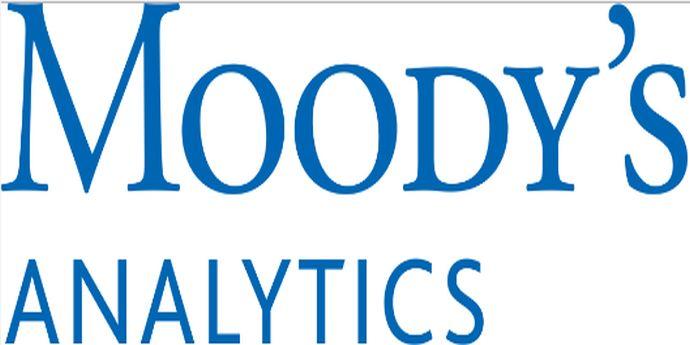 Moody's Analytics: Hillary Clinton va câștiga alegerile