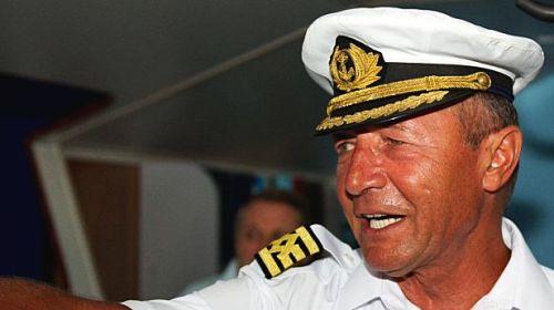 Traian Băsescu a colaborat cu Securitatea comunistă