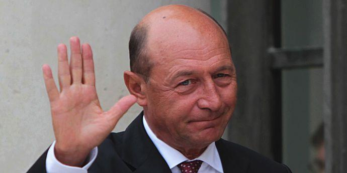 Traian Băsescu îl compară pe Klaus Iohannis cu Ion Iliescu