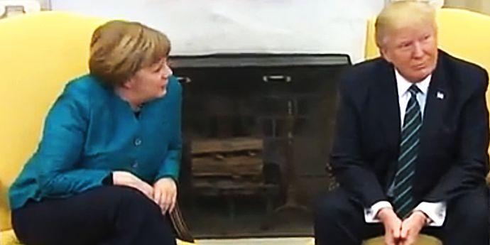 Donald Trump a refuzat să dea mâna protocolar cu Angela Merkel