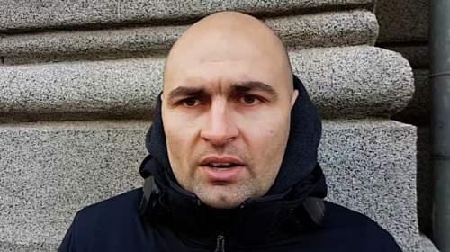 Cristian Mihai Dide, reţinut şi încătuşat, dus pachet la Secţia 3 Poliţie