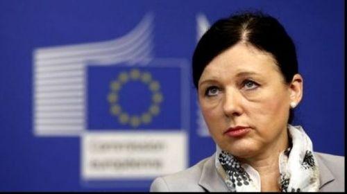 Vera Jourova, comisar european, critică schimbările aduse în Justiţie