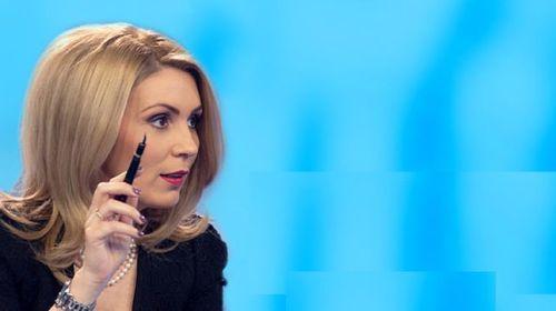 Paula Rusu, fost jurnalist RTV, o face praf pe Viorica Dăncilă!