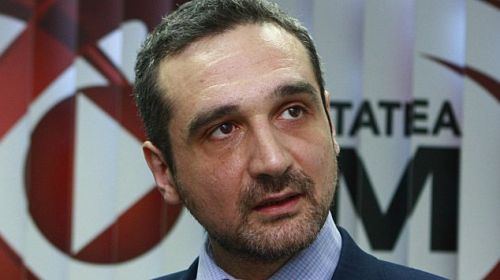 """Sebastian Lăzăroiu, admirativ:""""E evident că neamţu' ăsta are şenile în loc de picioare"""""""