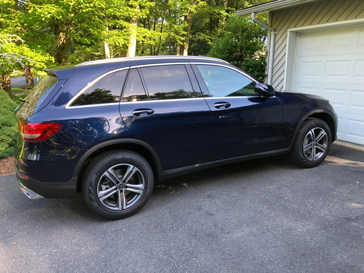 Side view of a blue GLC 300