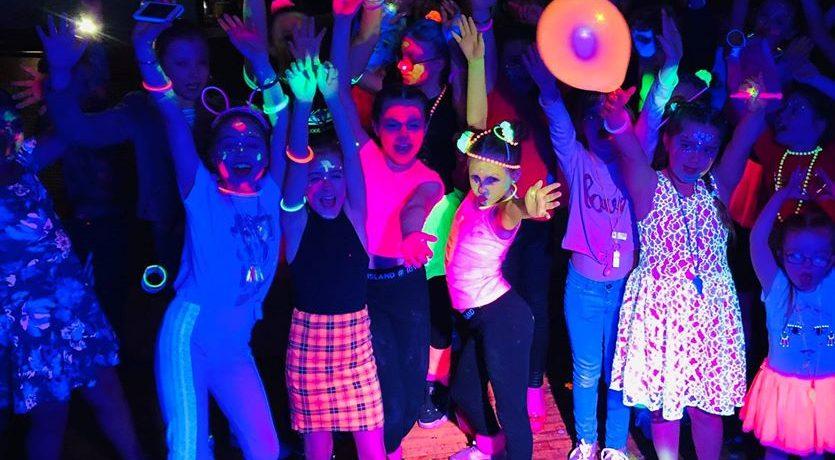 Neon UV Party