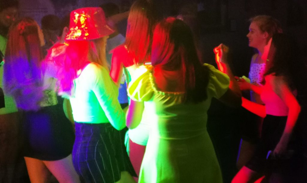 full teenager uv Neon Disco