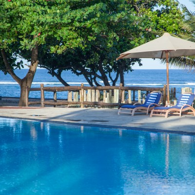 Amani-tiwi-pool2