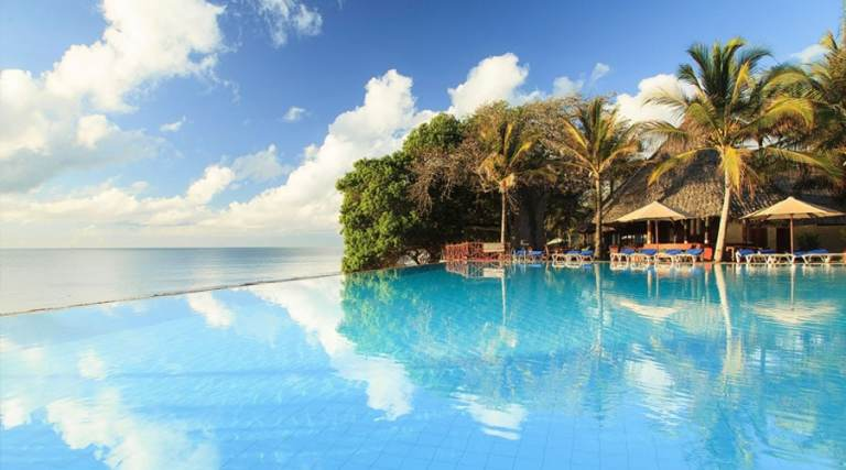Infinity pool at Baobab Beach Resort and Spa