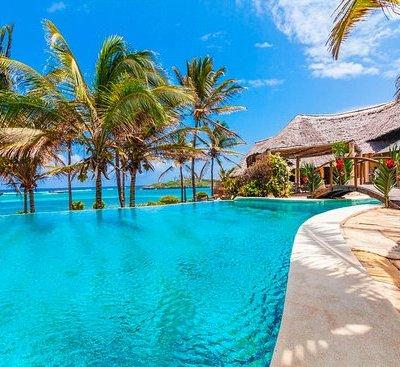 lily-palm-resort