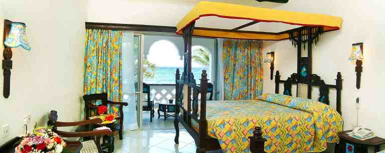 A room at Southern Palms Beach Resort