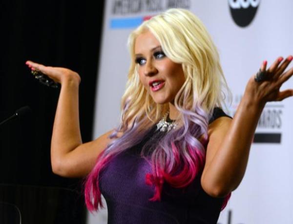 Christina Aguilera : Future égérie d'un site de rencontre pour femmes rondes ?