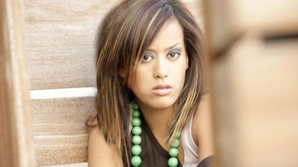 Amel Bent : Cambriolé durant sa représentation dans Danse avec les stars