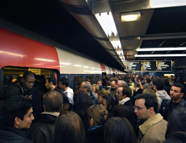 Felix Baumgartner: Un nouveau défi en RER !