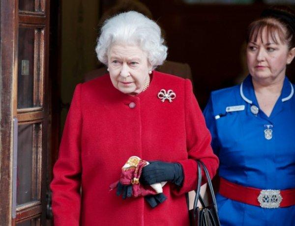 Souffrante, la Reine Elizabeth II obligée d'annuler une sortie officielle